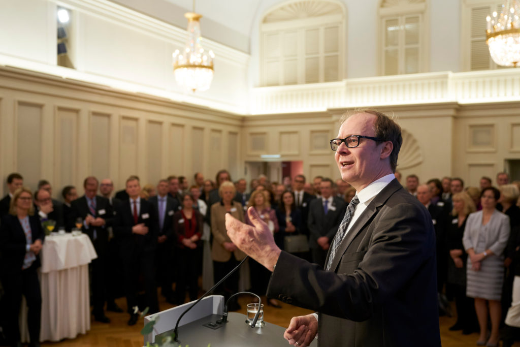 Festredner des BFB-Neujahrsempfangs 2018, Prof. Dr. Justus Haucap, Direktor des Düsseldorf Institute für Competition Economics (DICE). © BFB/Henning Schacht